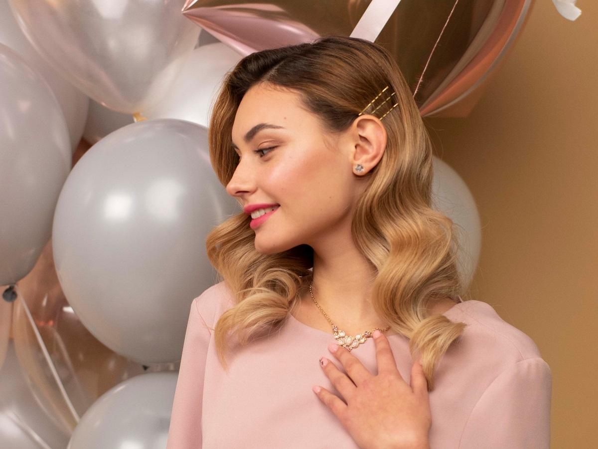 Романтичний образ до Дня закоханих: макіяж і зачіска
